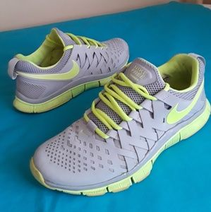 Men's Nike Free Trainer 5.0 Size 9